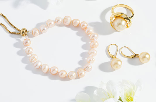 Pearl, birthstone of the month